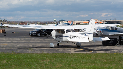 N2328R - Cessna 172S Skyhawk SP - Private