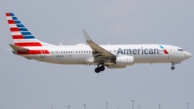 A picture of N945AN - Boeing 737823 - American Airlines - © Martin Pinnau