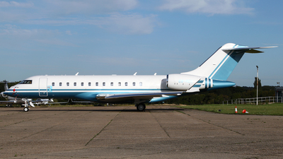 A picture of CSREU - Bombardier Global 6000 - [9823] - © Terry Wade
