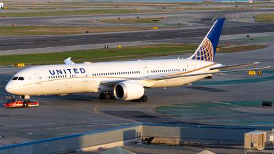 N24972 - Boeing 787-9 Dreamliner - United Airlines