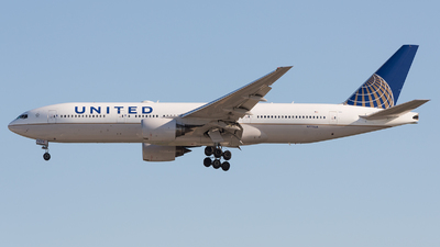 N775UA - Boeing 777-222 - United Airlines