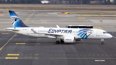 A picture of SUGEZ - Airbus A220300 - EgyptAir - © Matteo Mariani