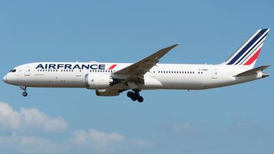 A picture of FHRBC - Boeing 7879 Dreamliner - Air France - © WangJL