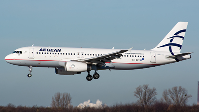 A picture of SXDVX - Airbus A320232 - Aegean Airlines - © Julian Maas