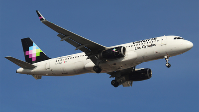 A picture of XAVLQ - Airbus A320233 - Volaris - © Alejandro Aceves