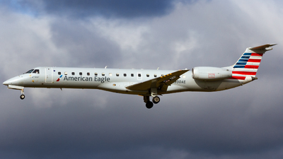 A picture of N630AE - Embraer ERJ145LR - American Airlines - © Conor Clancy
