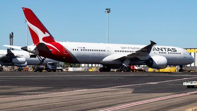 A picture of VHZNF - Boeing 7879 Dreamliner - Qantas - © Josh Deitz