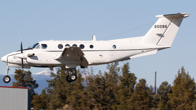 86-60086 - Beechcraft C-12U-2 Huron - United States - US Army