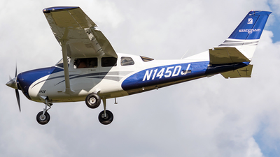 A picture of N145DJ - Cessna T206H Turbo Stationair - [T20609560] - © Leonardo Carvalho