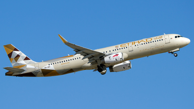 A picture of A6AEI - Airbus A321231 - Etihad Airways - © Turkay Oksuz
