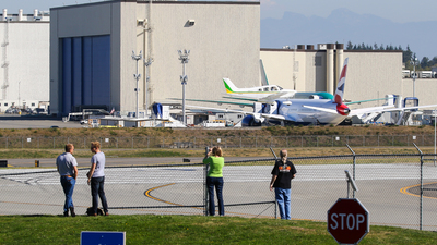 KPAE - Airport - Spotting Location