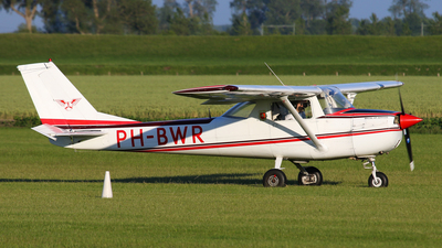 PH-BWR - Reims-Cessna F150H - Special Air Services