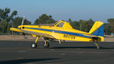 A picture of N6170X - Air Tractor AT502B - [502B0372] - © Hinkelbein