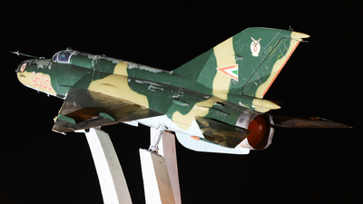 9606 - Mikoyan-Gurevich MiG-21MF Fishbed J - Hungary - Air Force