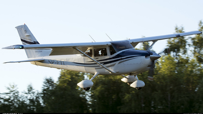 SP-FYI - Cessna 182T Skylane - Private