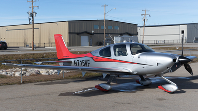 A picture of N715WF - Cessna 525C CitationJet CJ4 - [525C0243] - © Mike MacKinnon