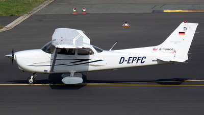 D-EPFC - Cessna 172S Skyhawk SP - Air Alliance