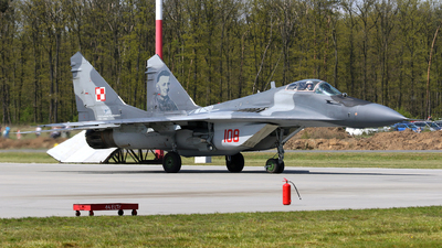 108 - Mikoyan-Gurevich MiG-29A Fulcrum A - Poland - Air Force