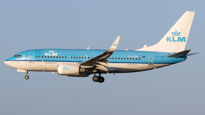 A picture of PHBGR - Boeing 7377K2 - KLM - © Rickard Andersson