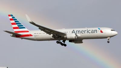 A picture of N350AN - Boeing 767323(ER) - [33089] - © Alexandre Fazan