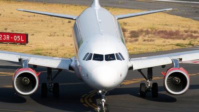XA-VAT - Airbus A320-232 - VivaAerobus