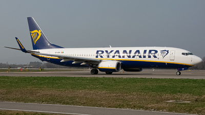 A picture of EIGSI - Boeing 7378AS - Ryanair - © Fabio Pozzessere