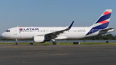 PR-TYT - Airbus A320-214 - LATAM Airlines