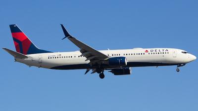A picture of N815DN - Boeing 737932(ER) - Delta Air Lines - © Xiamen Air 849