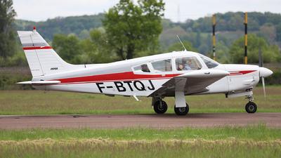 F-BTQJ - Piper PA-28R-200 Cherokee Arrow II - Private