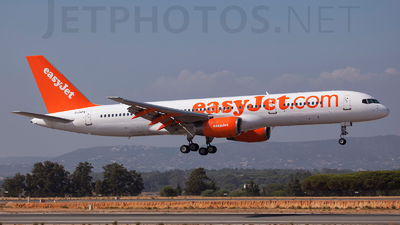 G-ZAPX - Boeing 757-256 - easyJet (Titan Airways)