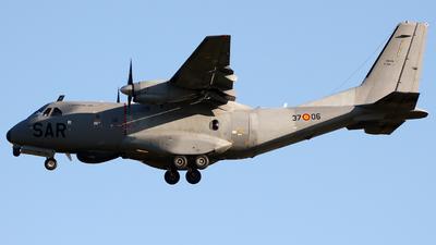 T.19B-05 - CASA CN-235-100 - Spain - Air Force