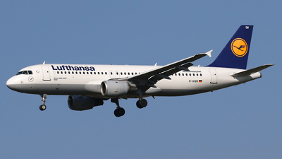 A picture of DAIQW - Airbus A320211 - Lufthansa - © Nigel Fenwick