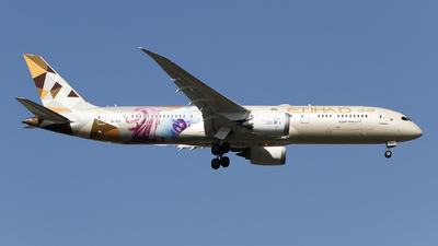 A picture of A6BLR - Boeing 7879 Dreamliner - Etihad Airways - © ceci wong