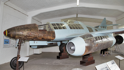 - Messerschmitt Me 262 - Germany - Air Force