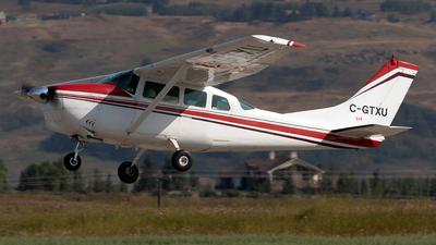 C-GTXU - Cessna 210D Centurion - Private