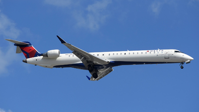 A picture of N479PX - Mitsubishi CRJ900LR - Delta Air Lines - © DJ Reed - OPShots Photo Team