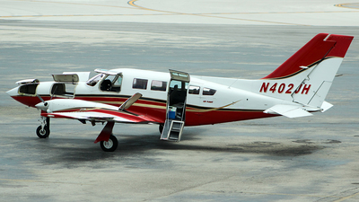 N402JH - Cessna 402C - Private