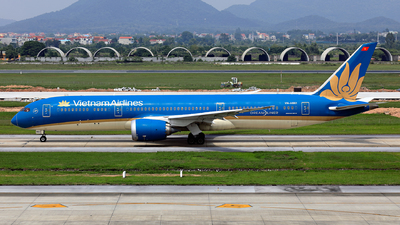 A picture of VNA861 - Boeing 7879 Dreamliner - Vietnam Airlines - © photogiap
