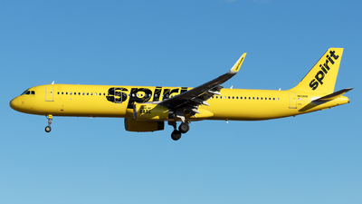 A picture of N658NK - Airbus A321231 - Spirit Airlines - © Yixin Chen