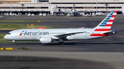 A picture of N813AN - Boeing 7878 Dreamliner - American Airlines - © kouyagi