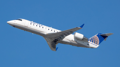 A picture of N969SW - Mitsubishi CRJ200LR - United Airlines - © Stephen J Stein