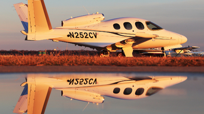 N252CV - Cirrus Vision SF50 - Private