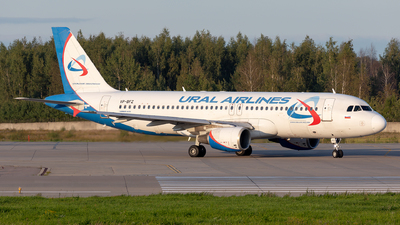 VP-BFZ - Airbus A320-214 - Ural Airlines