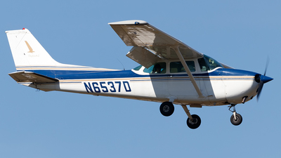 N6537D - Cessna 172N Skyhawk - Private