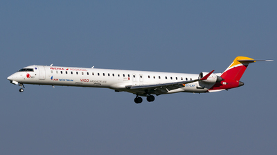 EC-LKF - Bombardier CRJ-1000 - Iberia Regional (Air Nostrum)