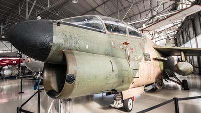 5550 - LTV TA-7P Corsair II - Portugal - Air Force
