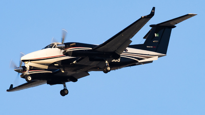 805 - Beechcraft B300 King Air 350i - Pakistan - Army Aviation