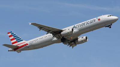 N583UW - Airbus A321-231 - American Airlines