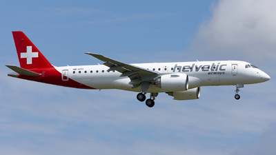 A picture of HBAZH - Embraer E190E2 - Helvetic Airways - © Daniel Veronesi - RomeAviationSpotters