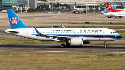 A picture of B30AK - Airbus A320251N - China Southern Airlines - © nibrage